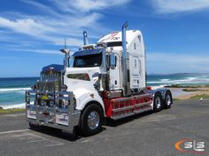 Director Series Owned By Betts Transport Trucks Trucks Show Trucks, Big Rig Trucks, Transport Images, Truck Festival, Classic Tractor, Road Train, Kenworth Trucks, Diesel Trucks, Trucks
