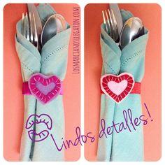 Servilleteros con forma de corazón | VotaDIY Diy, Ideas Para, Love, Google, Feltro, Cute Gift Ideas, Crafts To Make, Romantic Table, Romantic Food