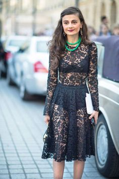 Paris Fall 2012 Couture #streetstyle #lace #lacedress
