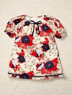 i love shift dresses on little girls. they look adorable.