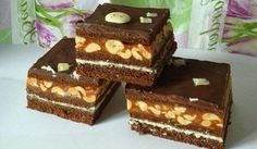 Vynikající snickers koláč Sweet Cooking, Biscotti, Amazing Cakes, Sweet Tooth, Food And Drink, Sweets, Snacks, Baking, Ethnic Recipes