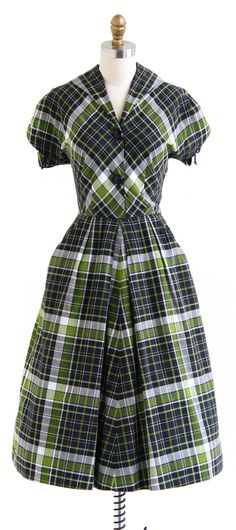 vintage 1940s dress / 40s dress / Green and Black Plaid Cotton Day Dress Tiana(for her workoutfit)