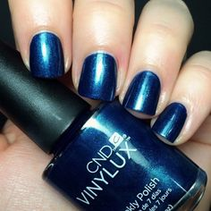 Thanks CND Contradictions collection that last one week! gorgeous tone, Peacock plume #199