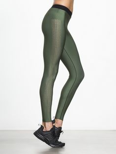 Whether you're on the hunt for style or performance, the Ultra Silk Triax Legging from Ultracor has you covered. The sleek design and side panels that demand attention are only half the story; the other half is all about performance, as Ultracor utilizes