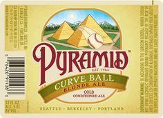 Cerveja Pyramid Curve Ball, estilo Blond Ale, produzida por Pyramid Brewing Co., Estados Unidos. 5% ABV de álcool.