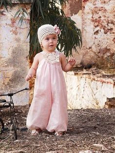 Perfect dress for a wedding Baby Baptism, Christening, Baptism Ideas, Outfits Niños, Kids Outfits, Striped Wedding, Baby Dress, Flower Girl Dresses, Kid Dresses
