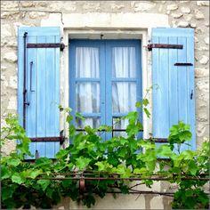 Love blue shutters & stone houses.    ♕ Blue window - St Rémy-de-Provence by © Zé Eduardo
