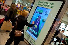 Digital Signage Advertising Promotes Banking Services and Increases Brand Engagement