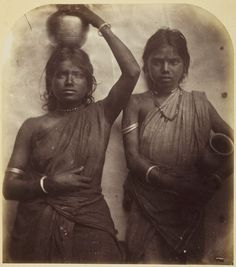 Julia Margaret Cameron, Untitled (Ceylon), wonder what there names are Julia Margaret Cameron Photography, Julia Cameron, Antique Photos, Vintage Photographs, History Of Photography, Art Photography, Sri Lanka, Joseph, Modern Photographers