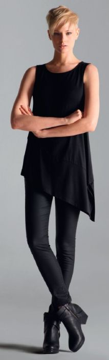 5ea84a5142aa0c Leggings kombinieren So stylt man Leggings richtig! Take a look at the best  winter dresses with leggings in the photos below and get ideas for your  outfits!