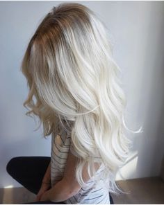 Creamy blonde rooted balayage