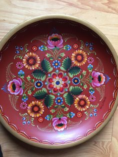 Rosemaling classes run all week at Petersburg's Sons of Norway - KFSK One Stroke Painting, Tole Painting, Painting Tips, Sign Painting, Sons Of Norway, Rosemaling Pattern, Norwegian Rosemaling, Scandinavian Folk Art, Watercolor Paintings Abstract