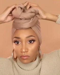 Hijab Turban Style, Mode Turban, Hair Turban, Hair Wrap Scarf, Hair Scarf Styles, Curly Hair Styles, Natural Hair Styles, African Hair Wrap, African Head Wraps