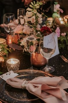 Eastern Townships wedding - elegant, modern tent wedding - planned by Elyna Kudish, photography by Joel and Justyna Bedford, destination wedding photography Copper Wedding, Gold Wedding, Elegant Wedding, Outdoor Tent Wedding, Wedding Planner, Destination Wedding, Prop House, Royal Video, Sequin Tablecloth