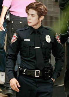 Ok imma go steal some nct merch now. So jaehyun will arrest me. Srsly i would be the baddest bitch in town if he was this hot cop lmao-+ Jaehyun Nct, Nct Taeyong, Nct 127, Winwin, Boys Lindos, Rapper, Jung Jaehyun, Wattpad, Jiyong