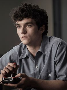 Netflix will 'double down' on interactive content like 'Black Mirror: Bandersnatch' in other genres like comedy or romance Fionn Whitehead, Netflix, Perfect Movie, Black Actors, Flirting Quotes For Him, Trailer, Black Mirror, Cute Boys, Need To Know