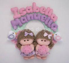 Enfeite Porta Maternidade Bonecas Gêmeas | Bolinha de Pano | 30C71E - Elo7