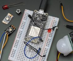 This intermediate level Arduino class guides you through creating your first internet-connected electronics projects using a wifi breakout board. Learn the elab. Arduino Class, Arduino Programming, Electronics Projects, Electronics Gadgets, Project Arduino, Arduino Projects, Projets Raspberry Pi, 3d Printed Robot, Bricolage