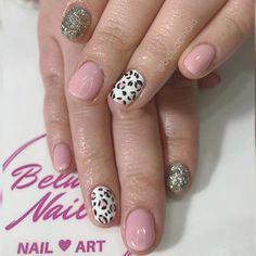 Holis Beluccis . Que mejor combinación que animal print con  rosa . .  uñas #nails #manicura #manicure #nailart #uñasdegel #uñasdecoradas #uñasacrilicas #beauty #nailsart #belleza #barcelona #gelnails #instanails #españa #acrylicnails #esmaltepermanente #spain #nailsalon #estetica #semipermanente #makeup #moda #nail #uñasbonitas #nailartist #esmaltadopermanente #lovenails #beluccinails #sebelucci Nailart, Barcelona, Animal, Beauty, Instagram, Enamels, Pink, Cute Nails, Gel Nails
