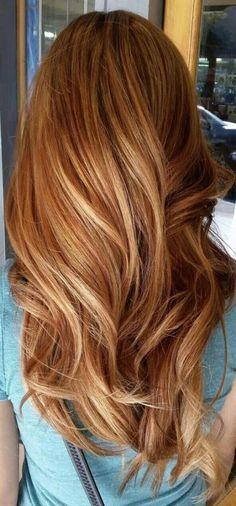 New Hair Color Copper Light Strawberry Blonde 62 Ideas Ombré Hair, New Hair, Wavy Hair, Light Strawberry Blonde, Strawberry Brown Hair, Strawberry Blonde Highlights, Strawberry Blonde Hairstyles, Red To Blonde, Blonde Color