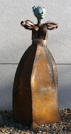 Renaissance III - by Philippe Chesneau - rép. n° 983 - Bronze et acier oxydé - Dim. H 130 x L 52 x P 58 cm French Sculptor, Philippe, Renaissance, Bronze, Vase, Painting, Decor, Steel, Decoration