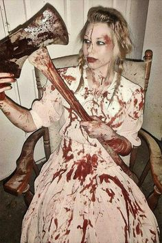 The Best of Halloween Costumes 2014: 10 Really Scary Halloween Costumes And…