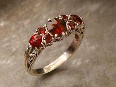 Garnet filigree Georgian ring - I want! Garnet Jewelry, Garnet Rings, Gold Jewelry, Jewelry Rings, Jewelry Accessories, Jewelry Design, Antique Jewelry, Vintage Jewelry, Birthstone Jewelry