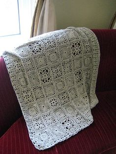 Andante Throw--free pattern.  Beautiful choice for a wedding or housewarming gift.
