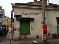 Wien 1160, Brunnengasse Selena, Broadway Shows, Fountain