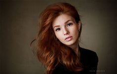 Natural Light Women Portrait Photography by Sean Archer, http://itcolossal.com/sean-archer/