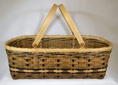 ***** Instant Download - Pattern Only *****    This pattern is for instructions to weave a Farmers Market basket with a woven and filled base.