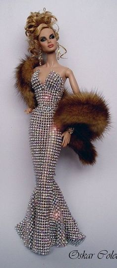 Barbie in evening gown and fur stole BJD Bling Bling Swarovski Barbie Gowns, Barbie Dress, Barbie Clothes, Barbie Outfits, Fashion Royalty Dolls, Fashion Dolls, Fashion Art, Pretty Dolls, Beautiful Dolls