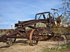 Adams Leaning Wheel Grader Number 8 Photograph by Lee Craig - Adams Leaning Wheel Grader Number 8 Fine Art Prints and Posters for Sale #photography #leecraig #antique