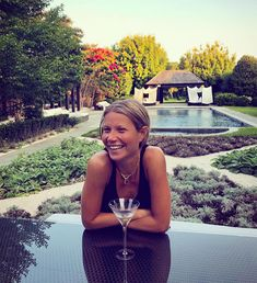 Summer days: Gwyneth Paltrow sipped a martini on Tuesday as she hung out with pal Derek Bl. Gwyneth Paltrow Instagram, Goop Gwyneth, She's A Lady, Daily Dress, Marvel Actors, Actors & Actresses, Portrait Photography, Glamour, Celebrities