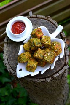 Kothimbir Vadi: Scrumptuous Cilantro Croquettes made with Chickpeas Flour, Roasted Peanuts, spices and sesame seeds. A traditional snack from Maharashtra, India