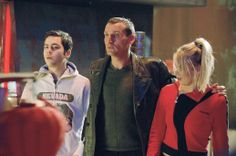 """Christopher Eccleston as the Ninth Doctor with Billie Piper as Rose Tyler - """"The Long Game"""" - 2005"""