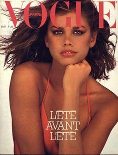 La couverture du numéro de mai 1979 de Vogue Paris avec Debbie Dickinson