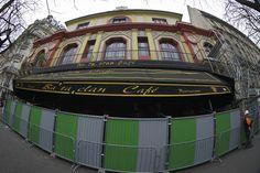 Une vingtaine de concerts sont déjà programmés au Bataclan, qui réouvre en…