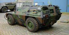 """Wheeled Armored Reconnaissance Vehicle """" Zobel """" (Protoype)"""