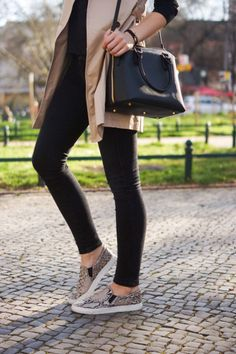 #Trends #Tendencia #SlipOns #Shoes #Zapatos http://fashionbloggers.pe/natalie-natal/nueva-tendencia-slip-ons