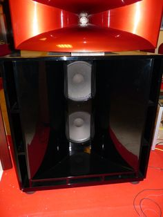Dj punch richard long speaker stacks dj punch zanzibar for Classic house club zanzibar newark