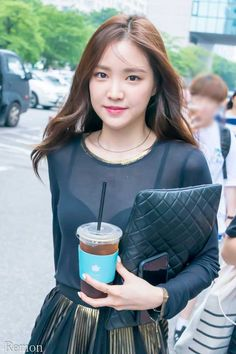 Naeun - Imgur Cute Korean Girl, Cute Asian Girls, Korean Beauty, Asian Beauty, Apink Naeun, Korean Model, Beautiful Asian Women, Asian Woman, Kpop Girls