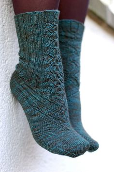 pattern by Cookie A Cute Sock Knitting Pattern - I would probably even wear these in mary janes with that front detail Crochet Socks, Knitting Socks, Knitting Needles, Hand Knitting, Knit Crochet, Knit Socks, Knitted Slippers, Crochet Granny, Knitting Machine