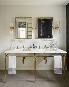 Luxury bathroom inspiration from Catherine Wilman Interiors and Chelsea-based Drummonds. Bad Inspiration, Bathroom Inspiration, Interior Inspiration, Modern Bathroom Design, Bathroom Interior Design, Bathroom Designs, Interior Modern, Kitchen Design, Large Bathrooms