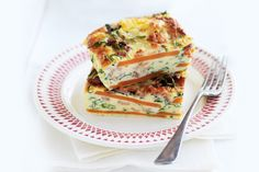 Sweet potato, rocket and bacon frittata - sweet potato, smoked paprika, bacon, baby rocket, eggs, cream, pizza cheese make the frittata - serve with a mixed salad.