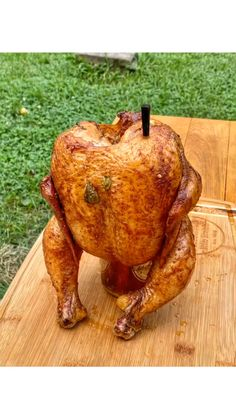 Smoked Beer Can Chicken, Grilled Whole Chicken, Smoked Chicken Recipes, Beer Chicken, Canned Chicken, Beer Butt Chicken Recipes, Chicken Injection Recipes, Best Whole Chicken Recipe, Barbecue