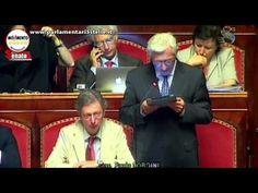 13 Senatori del PD si autosospendono