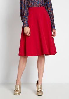 Red Skirts, A Line Skirts, Red Skirt Outfits, Snow White Outfits, Skirt Fashion, Fashion Outfits, Fashion Tips, Midi Skirt With Pockets, Wool Mini Skirt