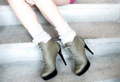 botine  toc: 13cm  platforma: 3cm  pret: 310 RON  pt comenzi: incaltamintedinpiele@gmail.com Booty, Shoes, Fashion, Moda, Swag, Zapatos, Shoes Outlet, Fashion Styles, Shoe