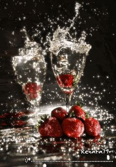 champagne and strawberries on Valentine's Day My Funny Valentine, Valentines, Splash Photography, Food Photography, Strawberry Fields, Happy Birthday Wishes, Color Splash, Wines, Congratulations